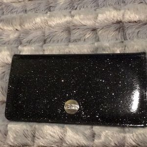 ⭐️FREE with purchase! Reaction Kenneth Cole Wallet
